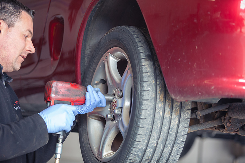 Brake change on MG Witney, Oxfordshire